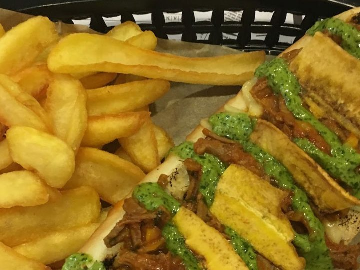 Paperboy el restaurante que se salta el copyright para llamar a sus hot dogs